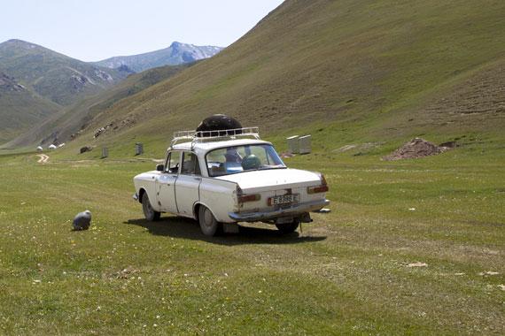 l'auto più diffusa in Asia Centrale: La Lada