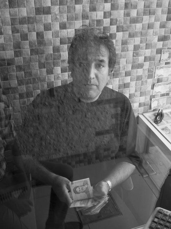 reportage portrait cambiavalute Iran