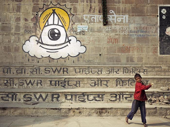 divinita indiana sui Ghat di Varanasi