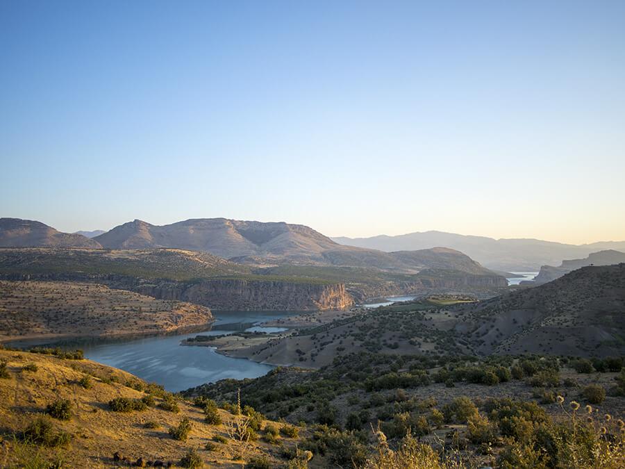 fiume Eufrate nella Turchia orientale