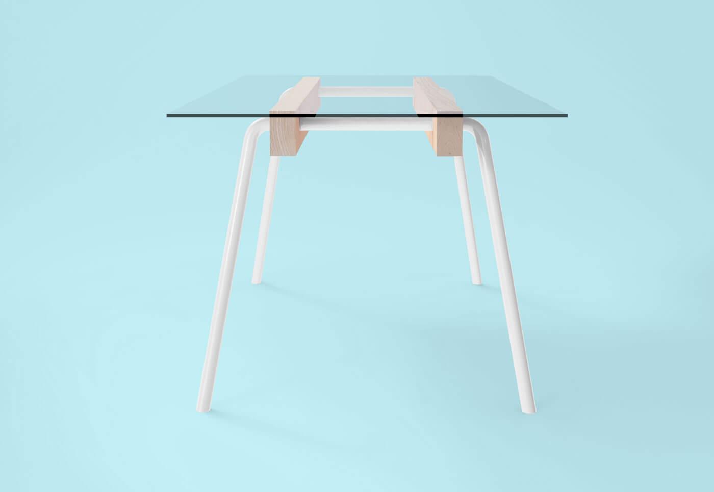 Elia Mangia tavolo